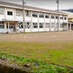 石徹白小学校